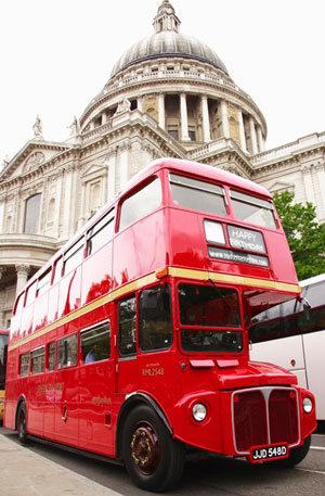 red bus hire Bus tour stpauls